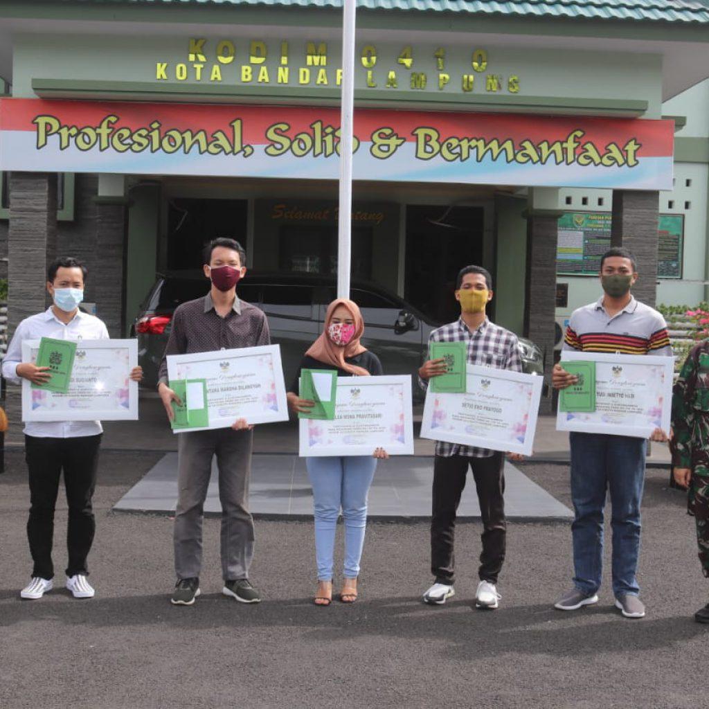 Mahasiswa Universitas Teknokrat Kampus Terbak di Lampung, Terima Penghargaan dari Dandim 0410/Kota Bandarlampung