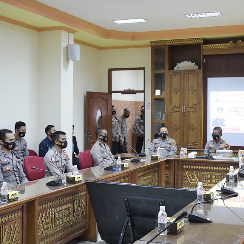Gandeng Universitas Teknokrat Indonesia, Personil Polda Lampung Ikuti Pelatihan Teknologi Informasi dan Komputer