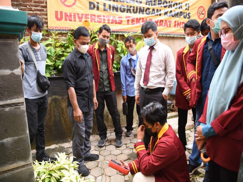 Universitas Terbaik di Lampung, Prodi Teknik Elektro Teknokrat Gelar Pelatihan Instalasi Listrik