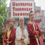 Mahasiswi PTS Terbaik Sumatera Teknokrat Leyla Purwa Aninditya Juara I Bintang Pop Mahasiswa di UI