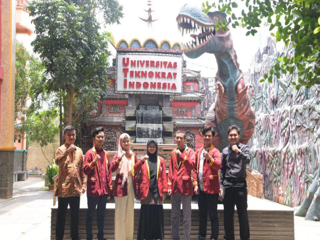 PTS Terbaik Sumatera Universitas Teknokrat Indonesia Juara The Most Inspiring Team Gemastik 14 Gelaran Puspresnas